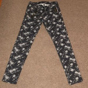 KUT from the Kloth Diana Skinny Floral jeans